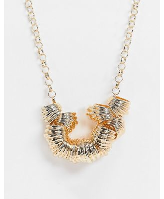 ASOS DESIGN necklace with ribbed pendants in gold tone
