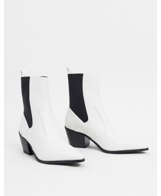 BEBO pointed mid-heeled ankle boots in white
