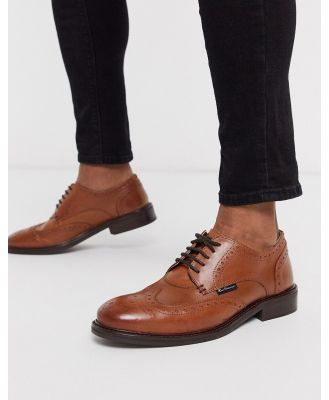 Ben Sherman lace up shoes in tan