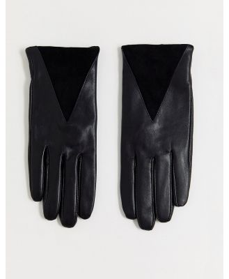 Boardmans leather glove with triange suede panel-Black