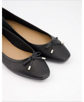 Call It Spring by ALDO Natalie flat ballet shoes in black