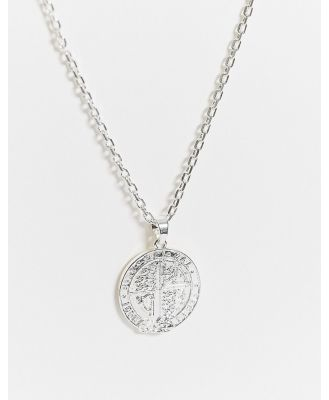 Chained & Able neckchain in silver with crest medallion
