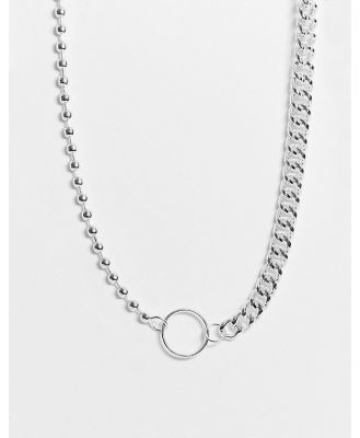 Chained & Able neckchain in silver with mixed chain detail and clasp