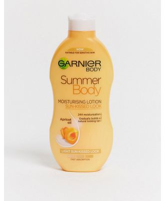 Garnier Summer Body Hydrating Gradual Tan Moisturiser Light 250ml-Clear