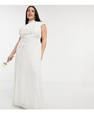 Hope & Ivy Plus Bridal floral beaded and embroidered maxi dress with keyhole back in ivory-White