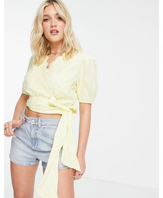 Hope & Ivy volume sleeve broderie wrap top with bow tie in lemon-Yellow