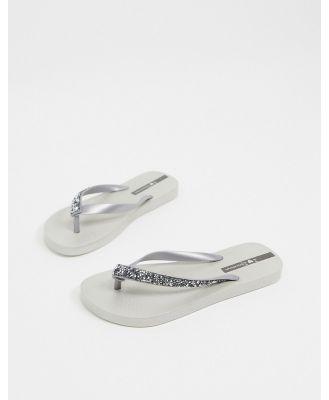 Ipanema glam thongs in silver