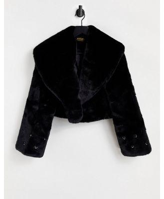 Jayley short 90s faux fur jacket in black
