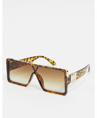 My Accessories London visor sunglasses in tortoise effect-Brown
