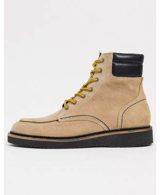 Selected Homme premium suede hiking boots with contrast laces in sand-Neutral