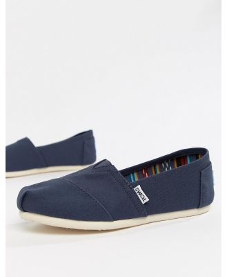 TOMS classic canvas flat shoes in navy-Blue