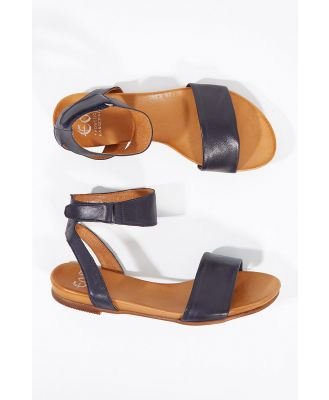Lauren Leather Flat Sandal