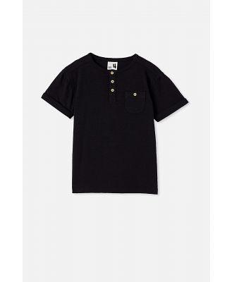 Cotton On Kids - Madden Short Sleeve Henley Loose Fit Tee - Black