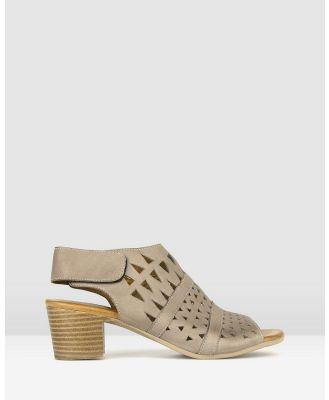 Airflex - Delicious Cut Out Leather Sandals - Sandals (Taupe) Delicious Cut Out Leather Sandals