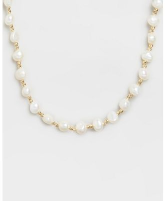 Carly Paiker - Vacation Pearl Necklace - Jewellery (Pearl & Gold) Vacation Pearl Necklace