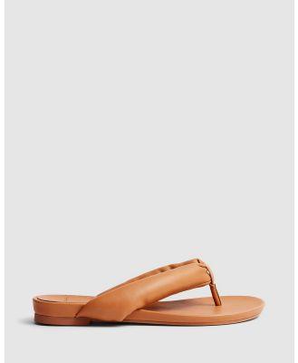 cherrichella - Breeze Sandals - All thongs (Camel) Breeze Sandals