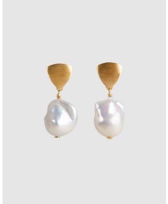 FAIRLEY - Baroque Pearl Shield Drops - Jewellery (Gold) Baroque Pearl Shield Drops
